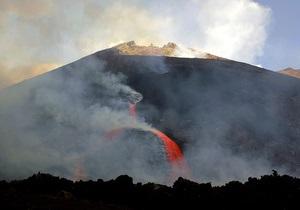 На Сицилии возобновил активность вулкан Этна