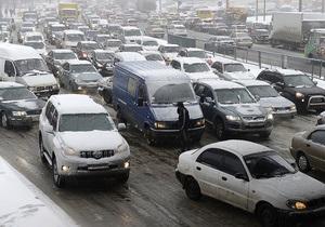 ГАИ: Несмотря на все предупреждения, водители продолжают выезжать в город на автомобилях