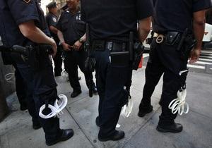 В США грабитель попросил полицию спасти его от собственной жертвы