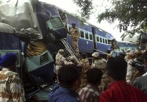 В Индии столкнулись пассажирский и товарный поезда: погибли 20 человек