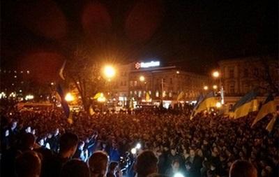Кто сильнее хочет в Европу: львовский Евромайдан оказался втрое больше киевского