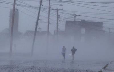 В США жертвами мощного шторма стали 13 человек