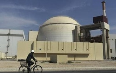 В результате землетрясения возле иранской АЭС погибли не менее семи человек