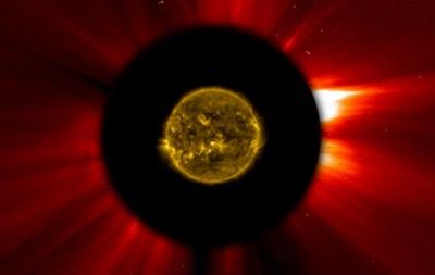 Комета Исон могла выдержать сближение с Солнцем