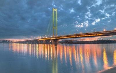 Не проехать: в Киеве опять чинят Южный мост