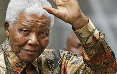 Умер великий политический деятель ЮАР Нельсон Мандела