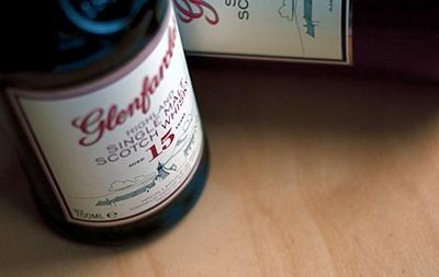 Известный британский ритейлер определил лучший виски 2013 года