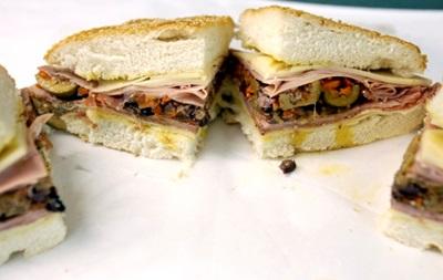 Врачи отговаривают американцев есть сэндвичи с сырой говядиной