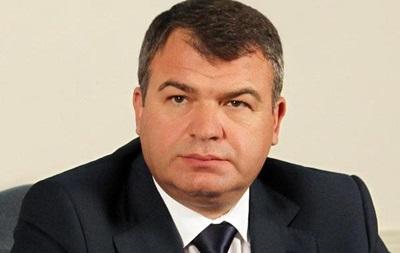 Бывшему министру обороны РФ Сердюкову предъявили обвинение в халатности