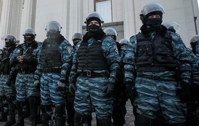 Правительственный квартал в Киеве заблокирован автобусами милиции