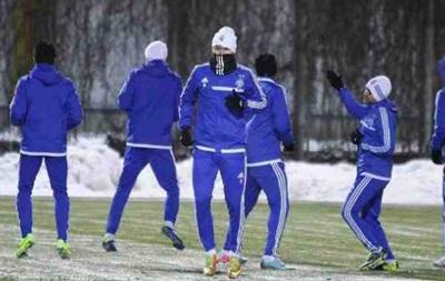 Фотогалерея: Как Динамо к матчу с Рапидом на снегу готовилось