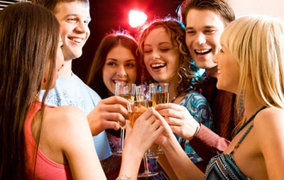 Организаторам новогодних корпоративов на заметку: алкогольный калькулятор