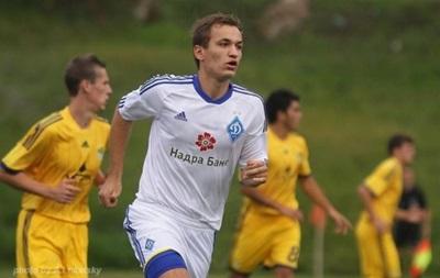 Евгений Макаренко заключил трехлетний контракт с Динамо