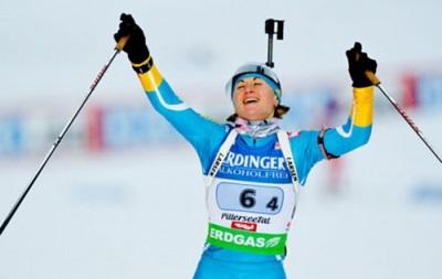 Биатлон: Валя Семеренко выиграла гонку преследования