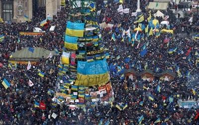 Митингующие планируют установить на Майдане Незалежности живую елку