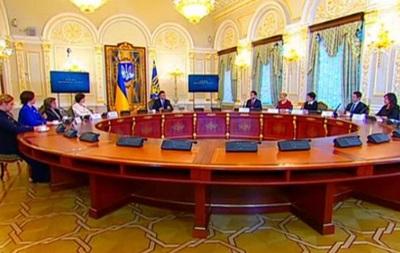 Янукович объяснил, почему в Украине начался кризис