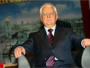 Экс-президенты Украины пришли на круглый стол