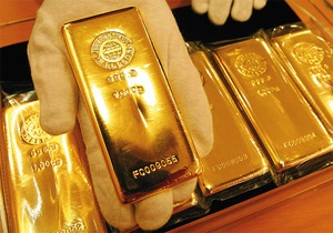 Цена на золото достигла минимума, дальше будет рост - эксперты