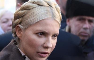 Тимошенко поздравили с Новым годом праздничным концертом и салютом под окнами больницы