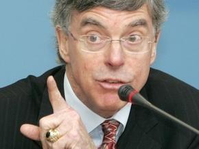 Тейлор: Улучшения в украинской экономике начнутся уже в 2009 году