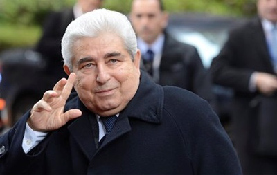 Кипрская радиостанция перепутала новогодние обращения бывшего и действующего президентов страны
