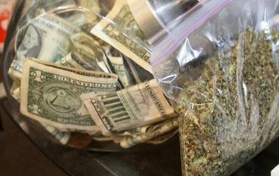 Легализация марихуаны в США. Доходы от продажи превысили миллион долларов в первые сутки