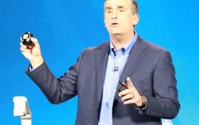 Intel показал смарт-часы, наушники и говорящего  Джарвиса