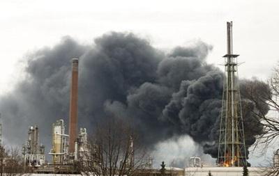 В Германии горел нефтеперерабатывающий завод