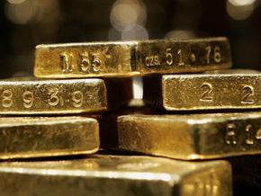 За месяц золотовалютные резервы НБУ уменьшились до $27,3 млрд