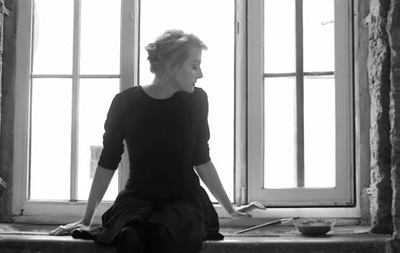 Новый клип на песню Земфиры Жить в твоей голове сняла Рената Литвинова