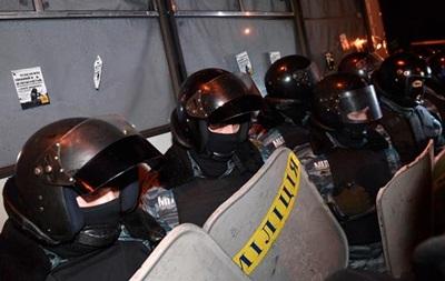 Оппозиция требует принять закон об обязательной нумерации шлемов бойцов спецподразделений