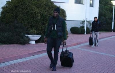 С чемоданами в Конча-Заспу: Как игроки Динамо с отпуска возвращались