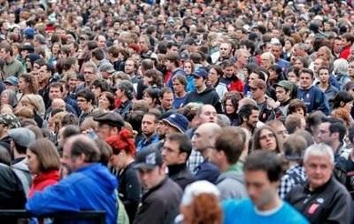 В ноябре 2013 года численность населения Украины сократилась на 0,02%