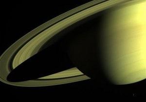 Ученые обнаружили в атмосфере одного из спутников Сатурна кислород