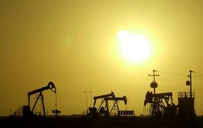 Нафтові ф ючерси синхронно подешевшали на Нью-Йоркській і Лондонській біржах