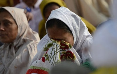 Не менее 18 человек погибли в результате давки на похоронах исламского лидера в Индии