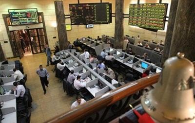 На фоне закрытых рынков США, торги в Азии и России прошли спокойно