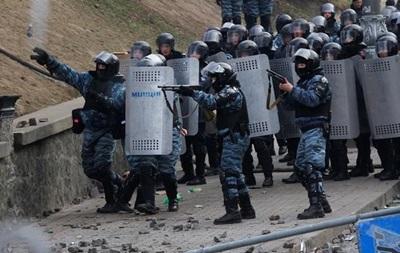 Более 120 митингующих пострадали в беспорядках в Киеве