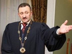 СМИ: По делу Зварича перед судом предстанут до двух десятков его коллег