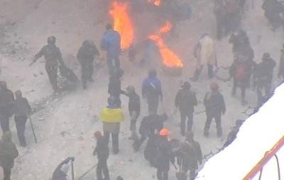 Драка Беркута и митингующих - ТВ