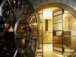 Как взять в аренду банковский сейф и что в нем можно хранить