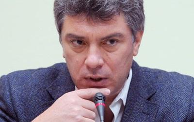 Немцов считает возможным повторение украинского Евромайдана в России