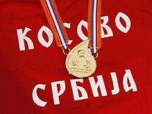 Сербы возмущены дисквалификацией чемпиона, надевшего антикосовскую майку
