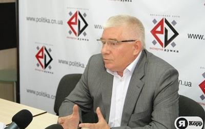 Даже после отставки Азаров останется и.о. премьер-министра