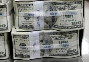 Украинцы в июле купили наличной валюты на $2,35 млрд