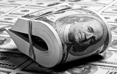 Доллар на Forex растет к основным валютам