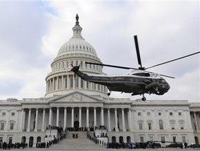 Буш улетел из Капитолия на военную базу