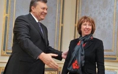 В Киеве проходит встреча Эштон с Януковичем – представитель