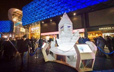 В Киеве открыли ледяной символ поддержки украинских олимпийцев