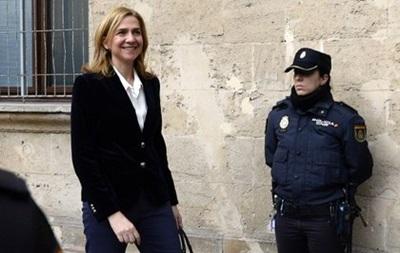 Испанскую принцессу допросили в суде по делу о финансовых преступлениях